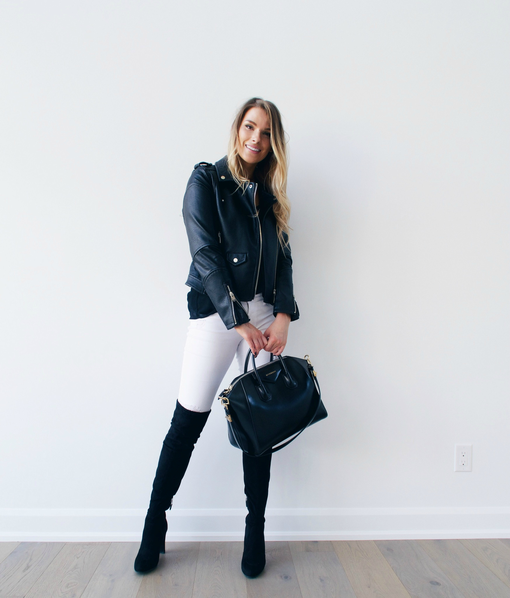 7 WAYS TO STYLE WHITE PANTS IN THE FALL