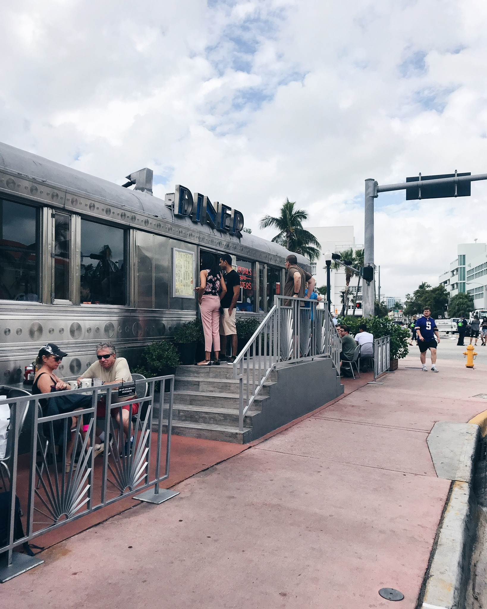 11th-street-diner-miami-life-with-aco-miami-recap-travel.jpg