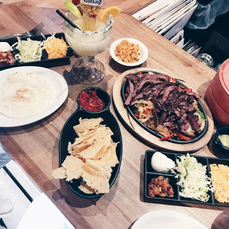 lonestar fajitas ottawa, lifestyle blogger life with aco, weekend recap winter