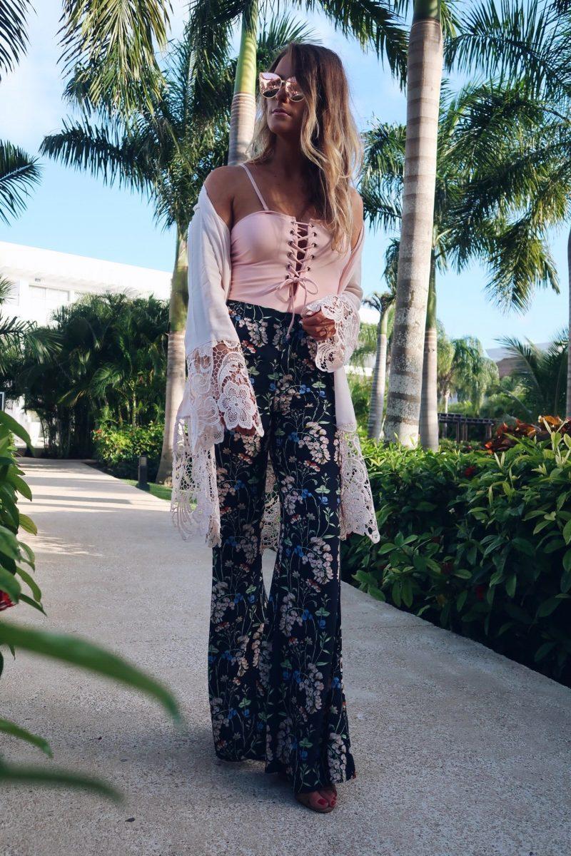 life with aco, Amanda conquer, floral pants
