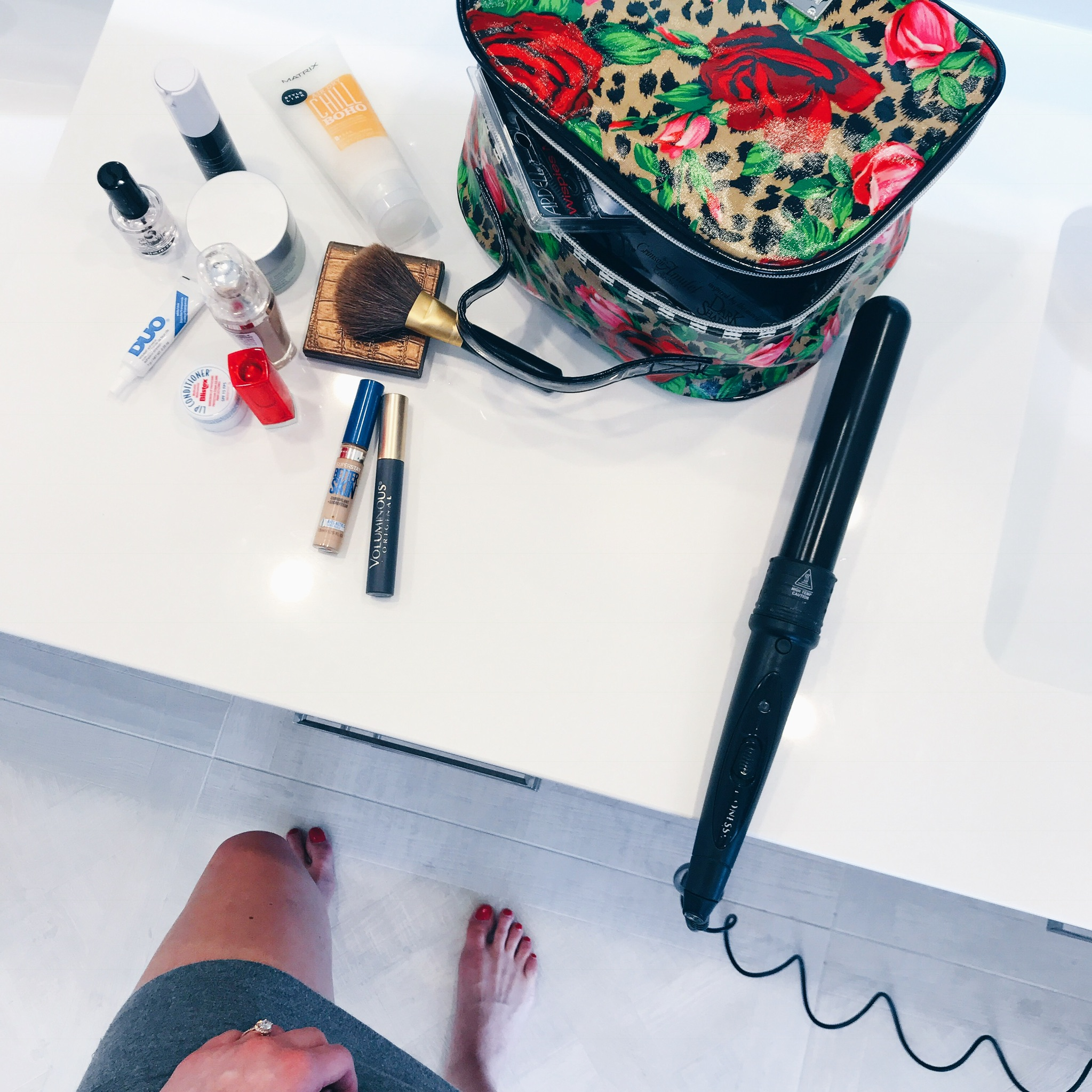 life with aco, master bathroom, makeup bag