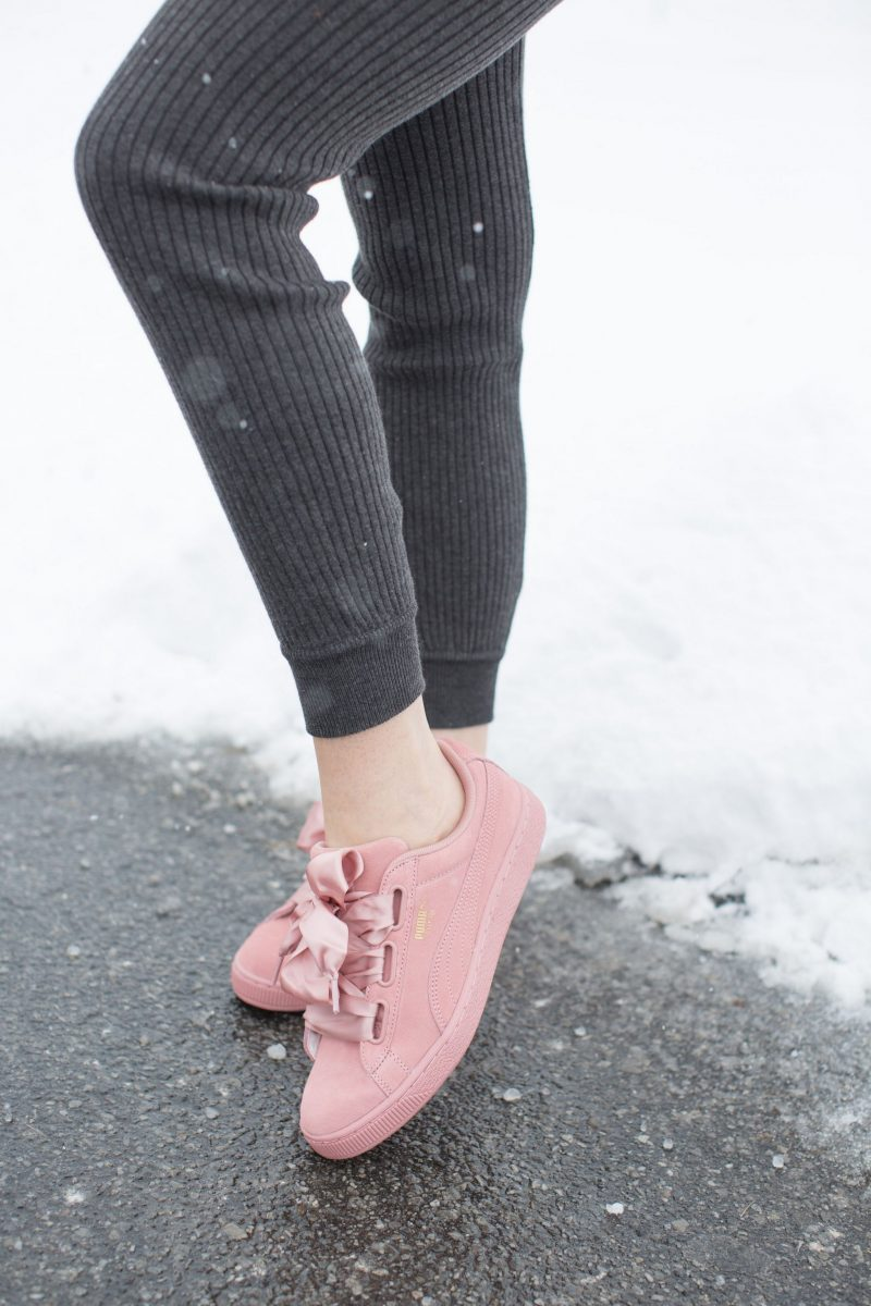 ribbon laces, puma court pink sneakers
