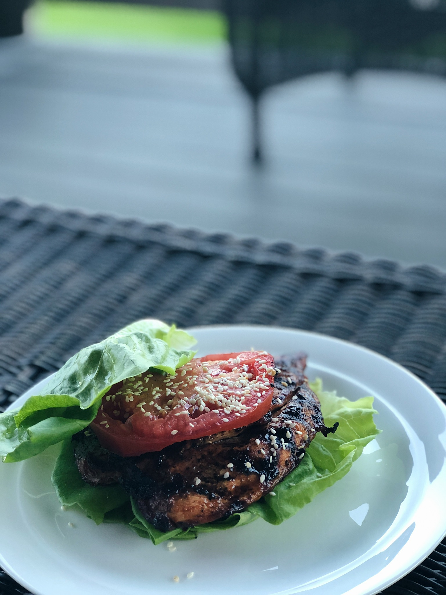 chicken lettuce wrap with tomato