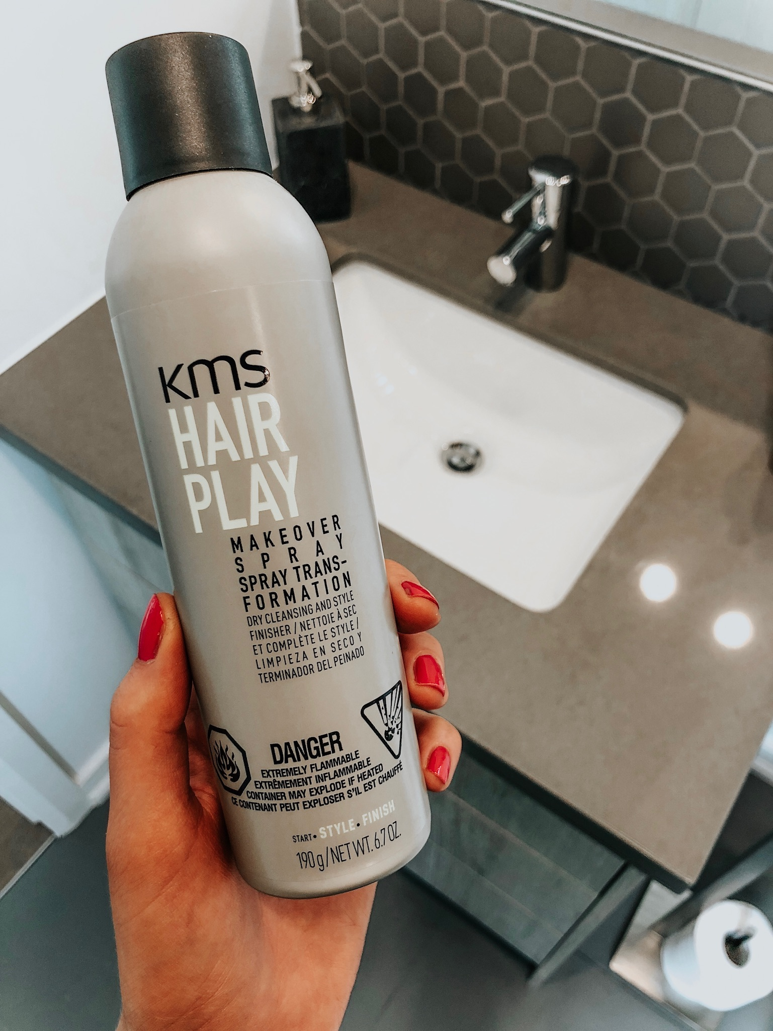 kms hair play dry shampoo