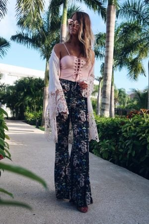 revolve summer sale august 2018, 1 person, girl in floral pants