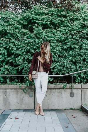 1 person, fashion blogger in white pants