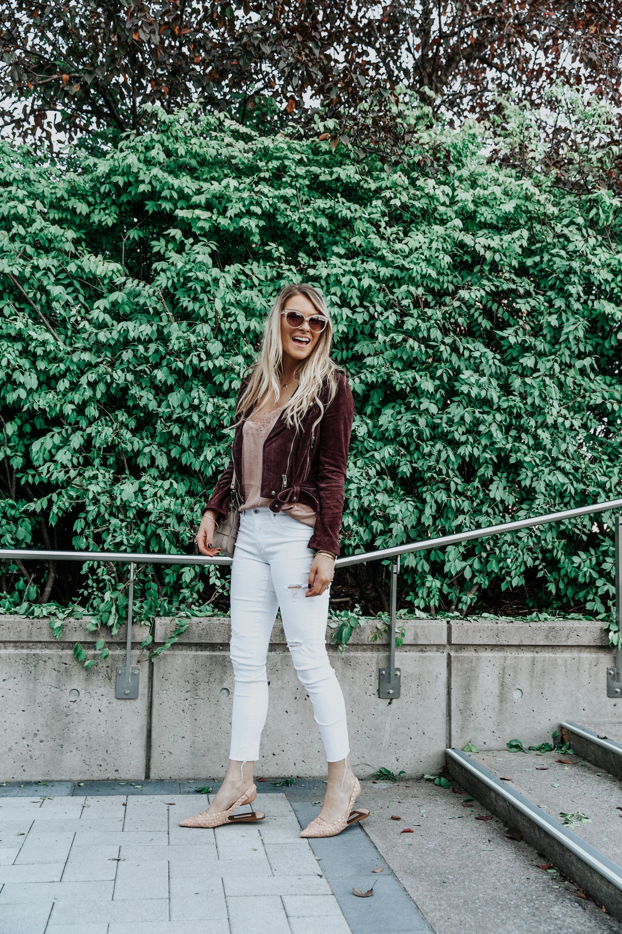 1 person, ottawa fashion blogger in white pants