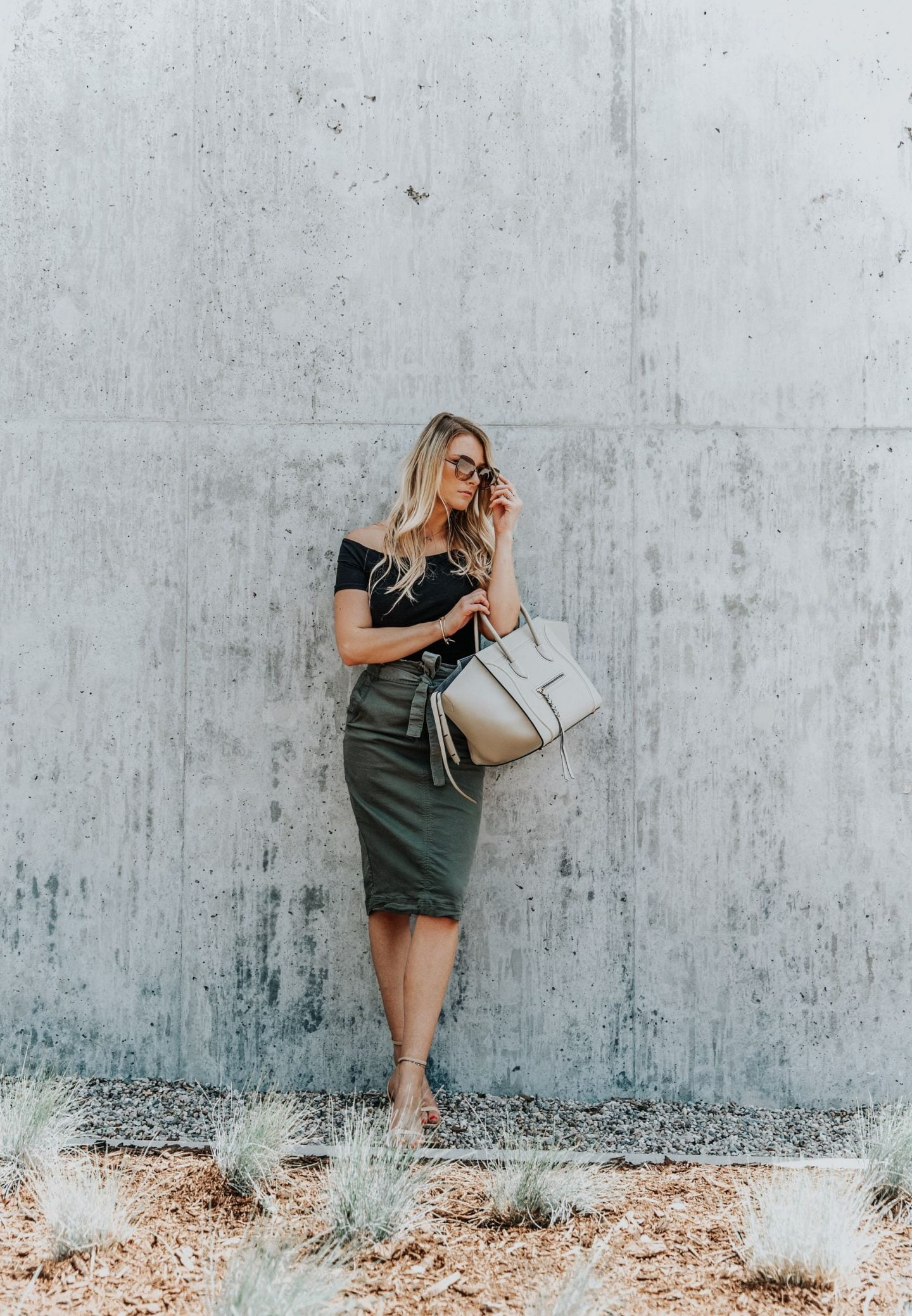 1 person, girl in paperbag waist skirt
