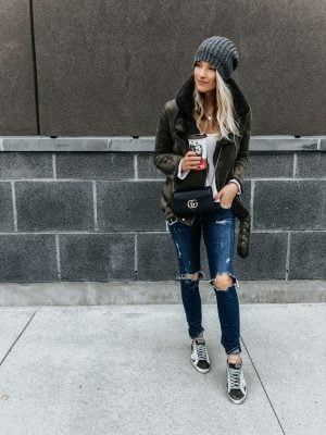 1 person, Canadian fashion blogger fall outfit
