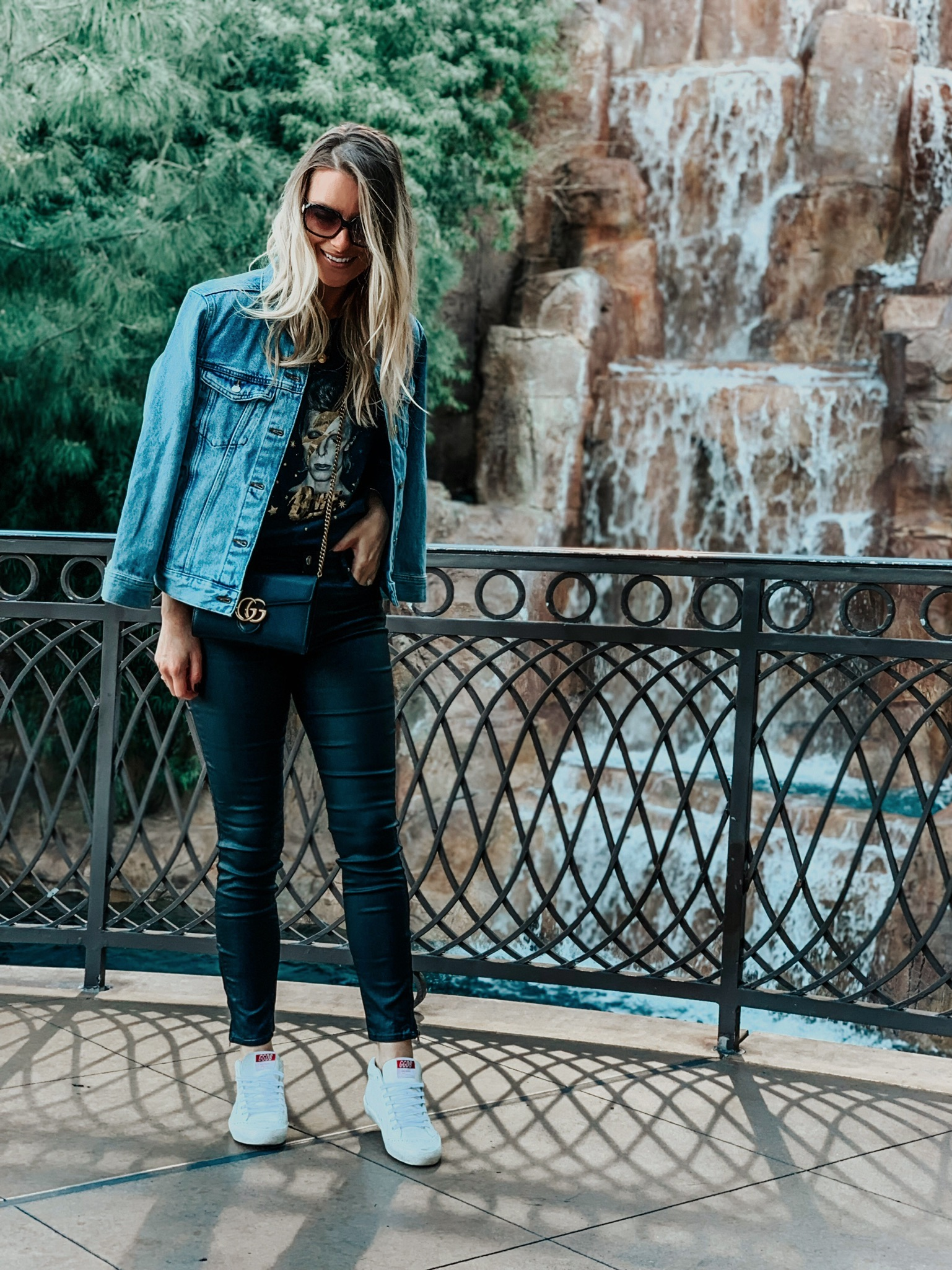 what to wear to explore Vegas, girl wearing golden goose shoes