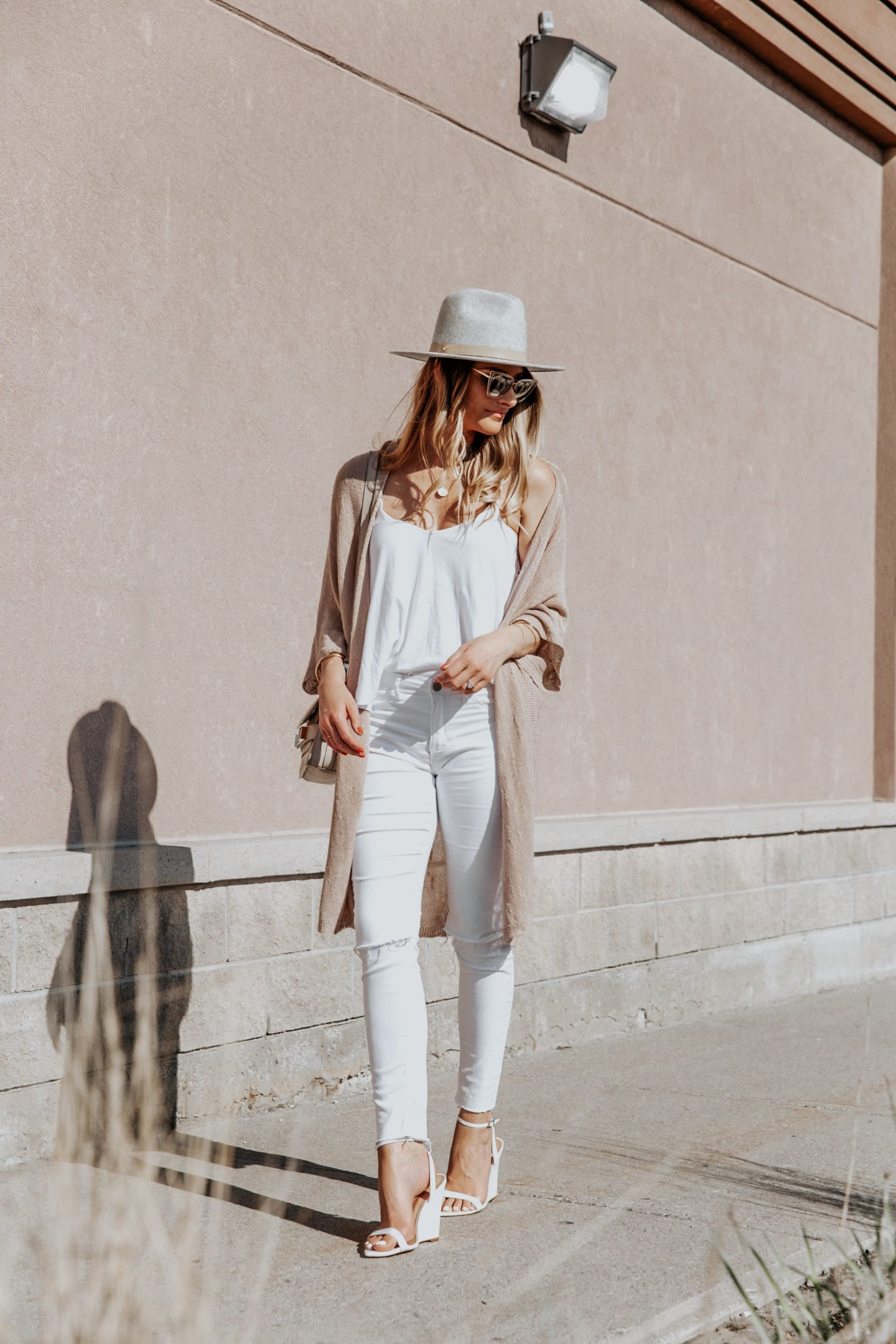 All White Outfit With Wide Brim Fedora Life With A Co By Amanda