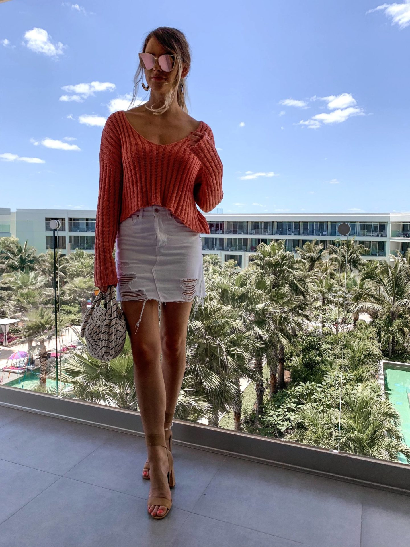 Canadian fashion blogger at all inclusive resort in cute outfit